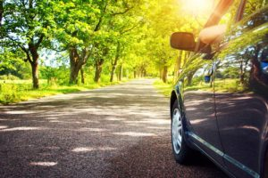 What are the benefits of tinting the windows of the car?