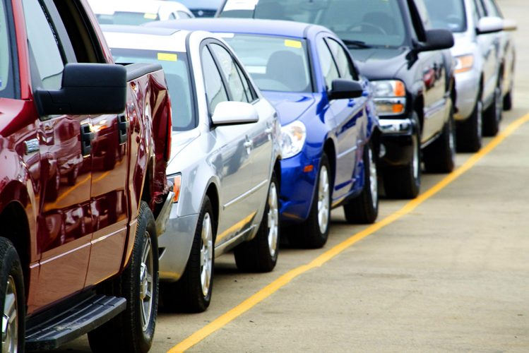 How to find the best car in the auto auction?